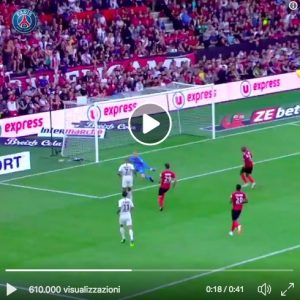 Mbappé come Ronaldinho, video del gol al Guingamp
