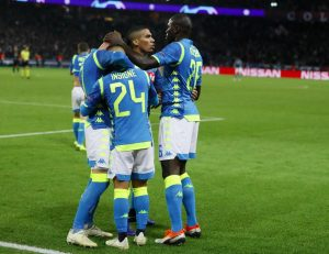 Champions: Napoli resumed at 93 'from the PSG, Inter collapses in Barcelona but ranks smiles to the Italians
