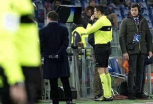 Napoli-Roma delays due to problems in the connection between referee and VAR