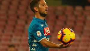 Naples, Mertens catches Roma at 90 'but Juve returns to more six