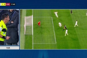Benatia, Juventus-Cagliari: involuntary hand: VAR does not assign rigor