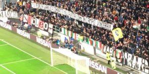 """Juventus-Valencia, striscione e cori per Vialli: """"Forza Gianluca, vincerai nella vita come in campo"""""""