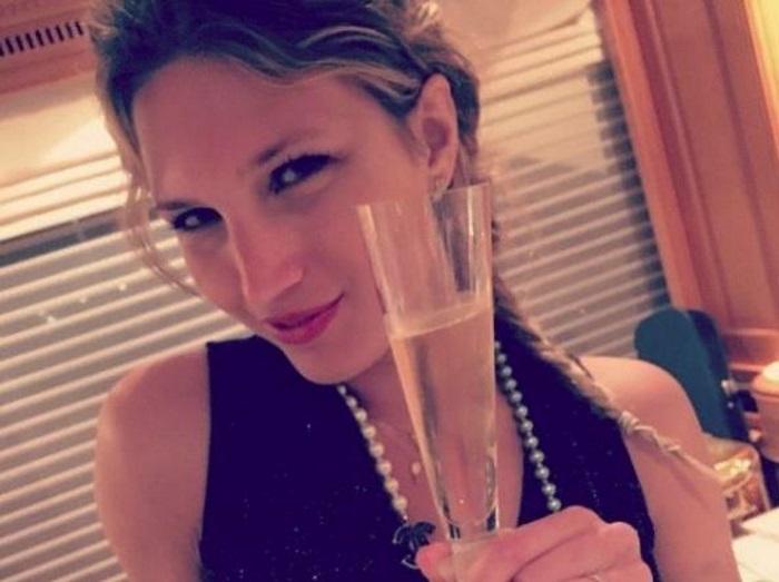 Alessandra Cantini Show Chi E La Scrittrice Senza Slip