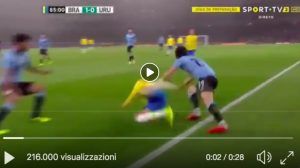 "Cavani VIDEO brutto fallo su Neymar, ""O'Ney"" decide Brasile-Uruguay"