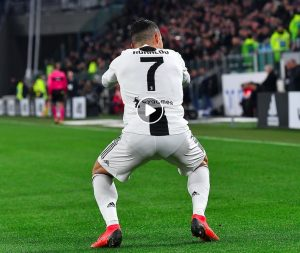 Cristiano Ronaldo segna contro la Spal ed esulta con lo squat (VIDEO)