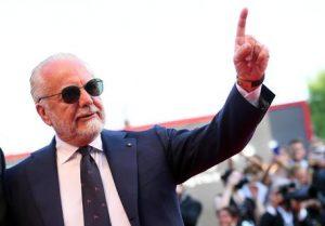 """De Magistris: """"De Laurentiis è un tirchio, per lo stadio non ha cacciato un euro..."""""""