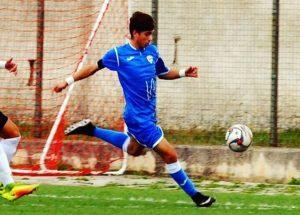 Fabiano Colucci, calciatore del Martina Calcio suicida a 19 anni. Partita annullata per lutto