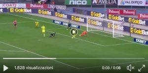 Giaccherini, autogol assurdo in Chievo-Sassuolo (VIDEO): ma perché?!