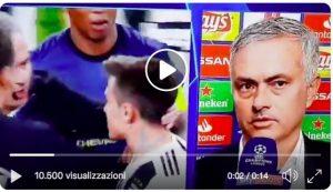"""Mourinho: """"Gesto orecchio contro 94 minuti di insulti. Io non ho offeso nessuno..."""""""