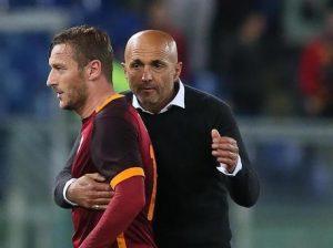 """Spalletti: """"Non ho letto il libro di Totti e vi dico cosa farò se lo vedrò"""""""