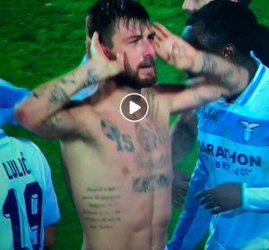 Acerbi, esultanza esagerata dopo gol in Atalanta-Lazio ma VAR glielo toglie per fuorigioco (VIDEO)