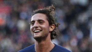 Adrien Rabiot ha un accordo con il Barcellona, il Psg lo punisce mettendolo fuori rosa
