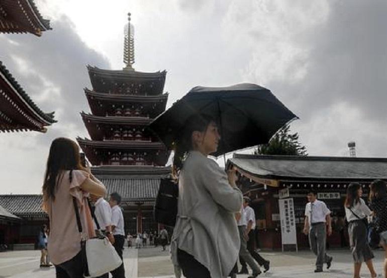 Giappone troppe case vuote il governo le regala ecco i for Case in giappone