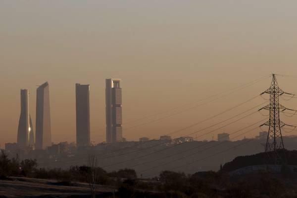 Ue, si apre battaglia su CO2 e rinnovabili per 2030