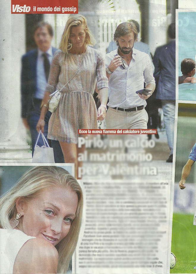 Andrea Pirlo e Valentina Baldini, la nuova fiamma, a passeggio per Milano (foto)