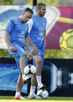 Caso Zahia Dehar, Benzema e Ribery assolti