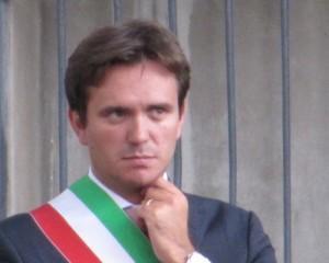 Alessandro Cattaneo (Pavia) il sindaco più amato d'Italia. Renzi ventiseiesimo