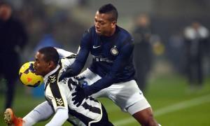 Calciomercato Juventus - Inter, Guarin - Vucinic: clamorosa riapertura (LaPresse)