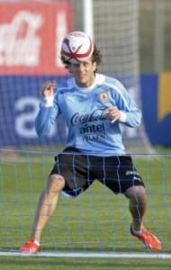 Diego Forlan in Giappone Cerezo Osaka la sua nuova squadra (LaPresse)