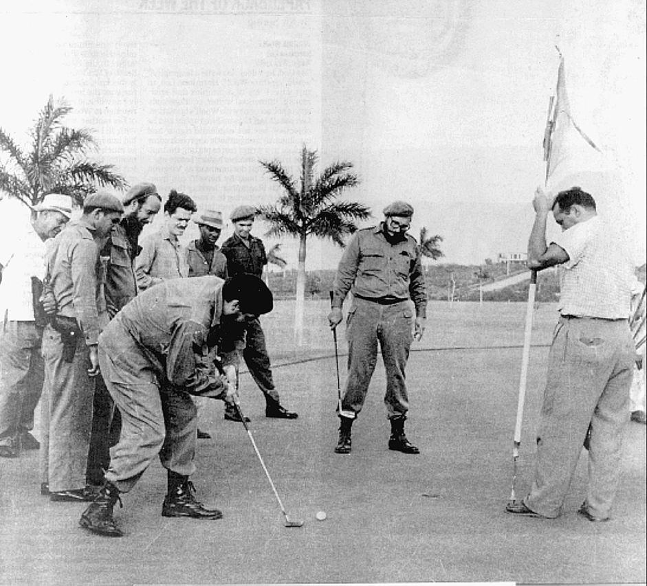 Fidel Castro e Che Guevara giocano a golf