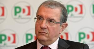 Editoria: Mucchetti (Pd), no bonus ai manager se dipendenti in solidarietà