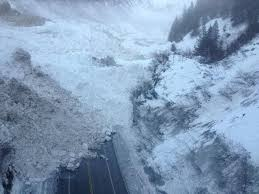 Alaska, valanga blocca l'accesso alla città di Valdez