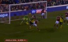 Angella con il tacco come Mancini: ma che gol hai fatto? (Video)