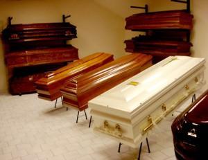 Funerali, sgravi fiscali per spese fino a 10mila euro: proposta Pd