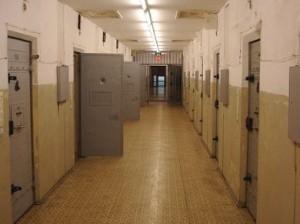 Carceri, il decreto di fine anno e l'indulto mascherato