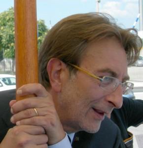 Massimo Cialente: dalla sezione Pci alle dimissioni da sindaco di L'Aquila