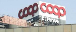 """Cgil contro Coop rosse: il """"padrone"""" ringrazia i """"crumiri"""". L'arbitro Renzi tace"""