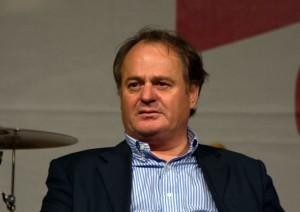 Sicilia, borse di Louis Vuitton e cravatte coi rimborsi. 83 consiglieri indagati
