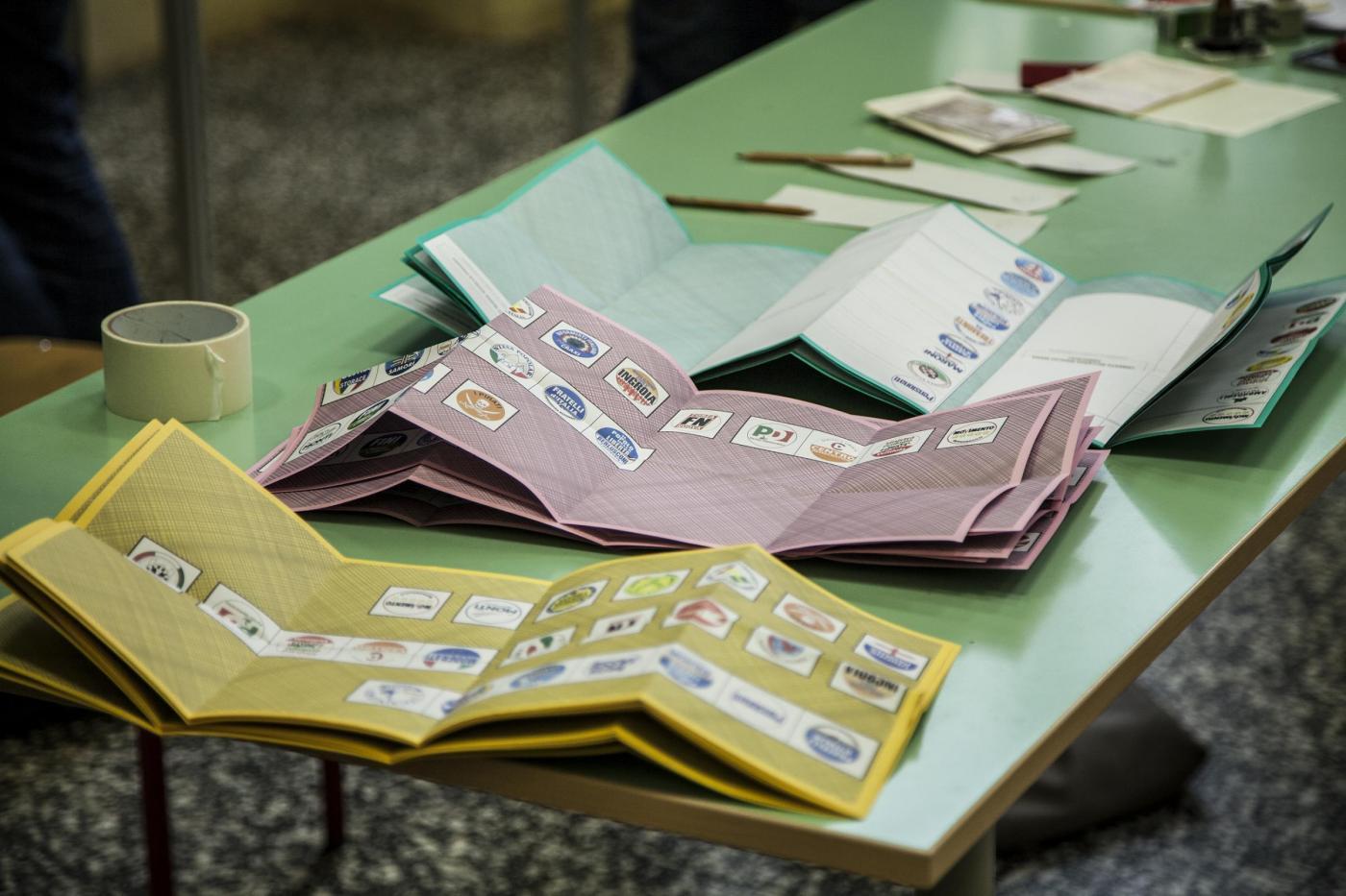 Italicum, simulazione: con la legge Renzi-Berlusconi 6,6 milioni di voti al macero