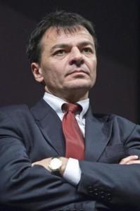 """Stefano Fassina: """"Ora che c'è Matteo Renzi vanno cambiati ministri Pd"""""""