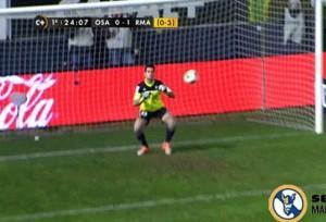 Ronaldo, super gol su punizione: la papera inquietante del portiere