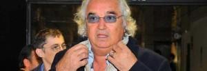"""Briatore: """"Meglio Renzi di Berlusconi"""", va senza cravatta. Pensiero politico 2.0"""