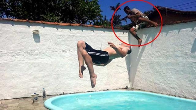Brasile, fotografa l'amico in piscina e immortala il ladro che entra in casa