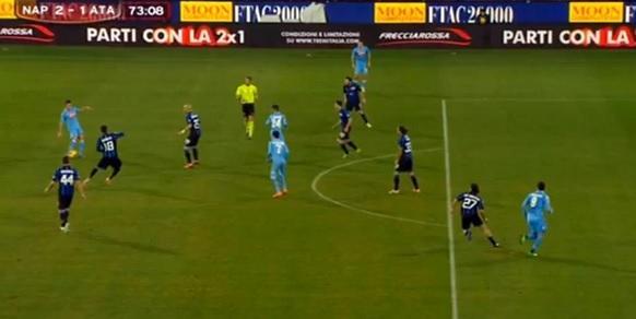 Napoli-Atalanta, il gol di Insigne è regolare: ecco il perché (video)