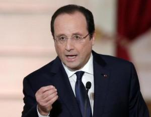 """Francois Hollande glissa su Valerie Trierwiler: """"Chiarirò entro l'11 febbraio"""""""