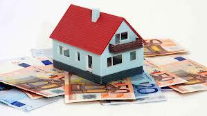 Casa, mattone in crisi: giù del 37,2% nel 2013, record al minimo storico