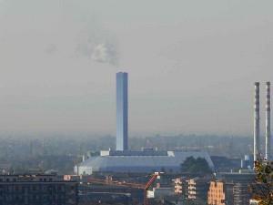 """Paderno, nuvola gas da inceneritore: abitanti in """"ostaggio"""" e preoccupati"""