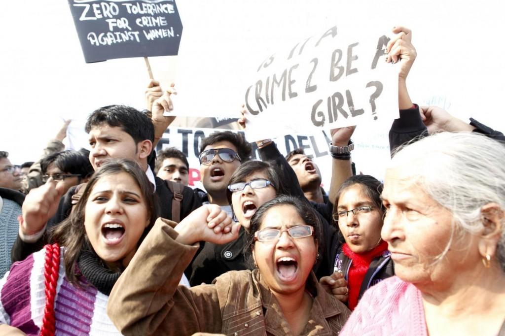 Una manifestazione contro gli stupri a New Delhi