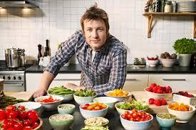 """Chef Jamie Oliver: """"La carne umana? Sa di maiale..."""": la dichiarazione shock"""