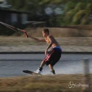 Justin Bieber, giochi acquatici a Panama