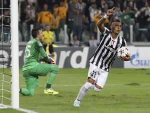 Juventus, Arturo Vidal: maxi furto a casa del cileno, ingente il bottino (LaPresse)