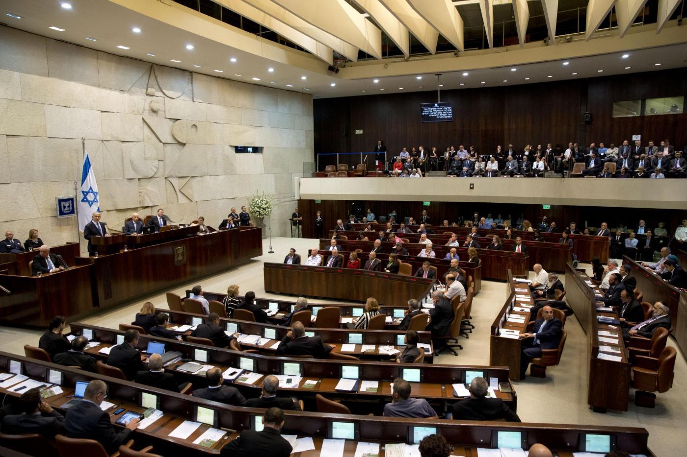 """Israele-Palestina, la Knesset boccia la soluzione """"due Stati due popoli"""""""