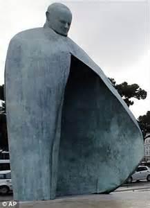 Il monumento di Papa Giovanni