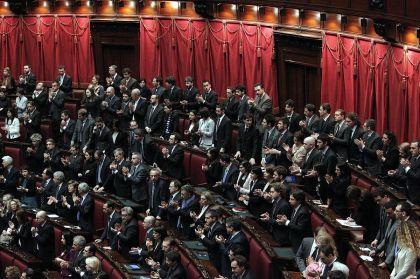 Parlamento legittimo, votare subito si può
