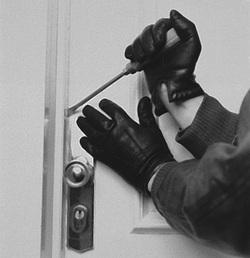 Un furto al minuto: nel 2012 svaligiate 240 mila case