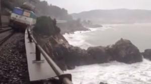 maltempo liguria: video del treno deragliato tra cervo e andora